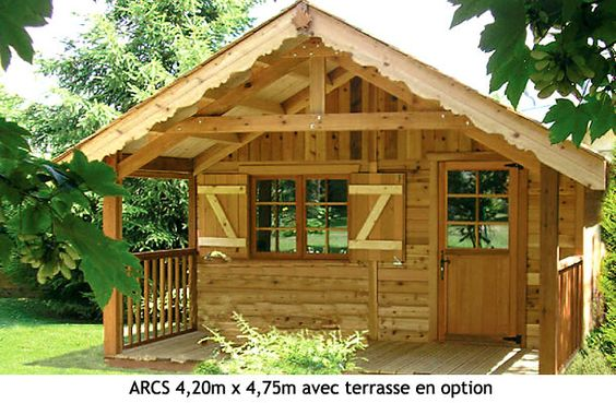 chalet en bois de jardin avec terrasse pour bureau ou. Black Bedroom Furniture Sets. Home Design Ideas